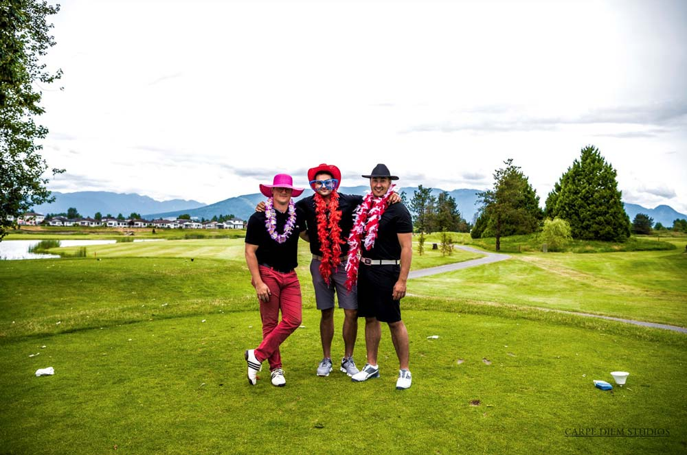 golfers in costumes on course